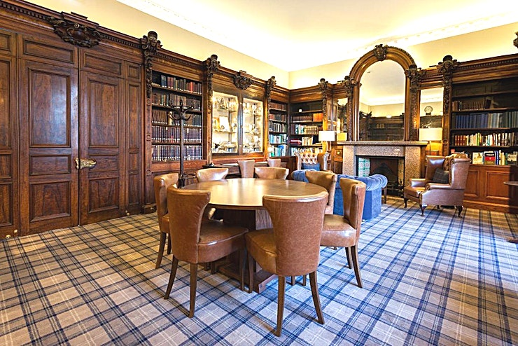 The Members' Library **With splendid Scottish charm, the Members' Library at the Royal Scots Club is the ideal location for corporate events**  The Members' Library is a beautifully furnished event Space within the Royal Scots Club.  This Edinburgh venue hire boasts stunning surroundings as well as incredible facilities.  On occasion, when available, the Members' Library can be used for pre-event drinks & canapés.  Host up to 60 Guests in a luxurious drinks reception or networking event in this sophisticated setting.  Alternatively, utilise the Space for small private dinners for up to 8 Guests.  Whatever your company event, the Members' Library at the Royal Scots Club presents a perfect option.