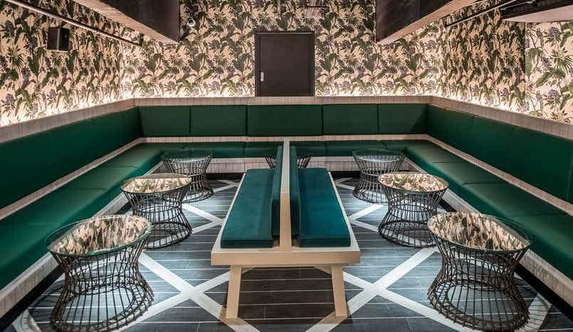 Palm Lounge, Swingers West End