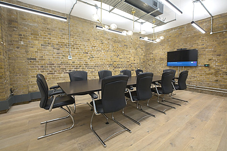 Meeting Room **Host a team meeting at this modern London venue.**