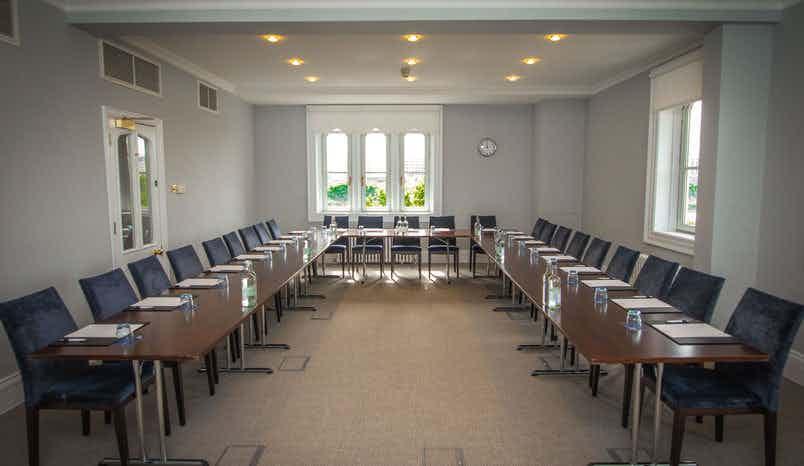 Trafalgar Room, Arundel House