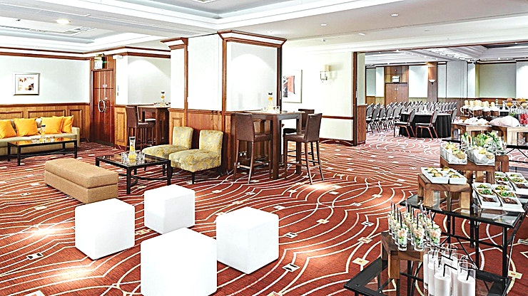 London Suite 2 **Do you require a versatile event Space for a weekend long conference? Look no further than the London Suite**