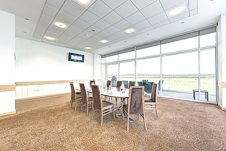 Duchess's Stand Double Box **The Duchess's Stand Double Box offers an exclusive feel to your next event**