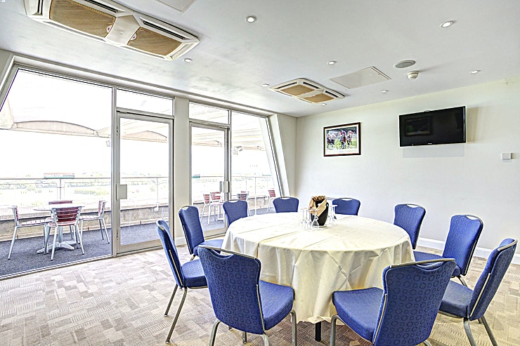 1750 Suite **The 1750 Suite at Sandown Park is a unique events venue available to hire for private functions, conferences and team away days.**  Founded in 1875, Sandown Park Racecourse has provided the backdr