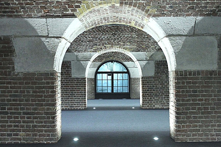 North Docks Spanning three interconnected spaces, North Dock has stunning vaulted ceilings as well as access to our North Bandstand courtyard. This bright and airy space offers a beautiful setting for exhibitions