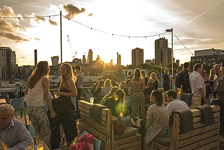 Skylight Summer **Hire Skylight rooftop at Tobacco Dock  for your summer party**  Skylight rooftop at Tobacco Dock is the seasonal playground with stunning 360° views of the London skyline.   Atop Tobacco Dock's