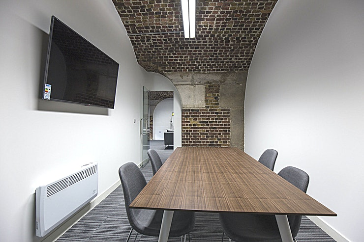 Romeo, Julietta, Monte & Cristo **For your next offsite meeting room hire, look no further than the Tobacco Dock**  Offering space for meetings of between 6-120 people, The Dock Meeting Rooms offer competitive day delegate rates.