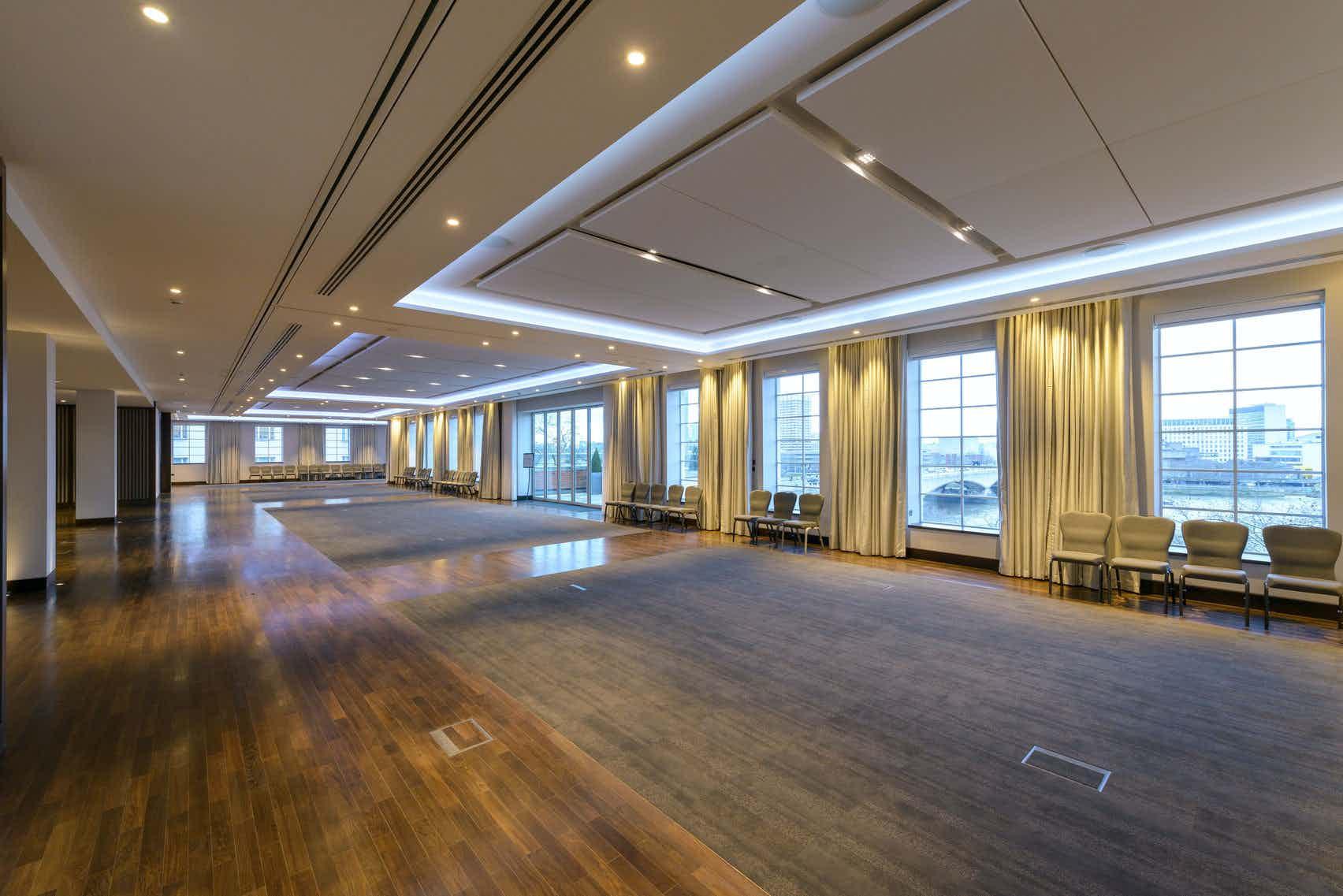 Riverside Room, IET London: Savoy Place