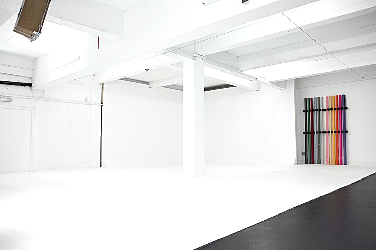 THRDS Studio **For a creative studio hire in South East London look no further than THRDS Studio.**