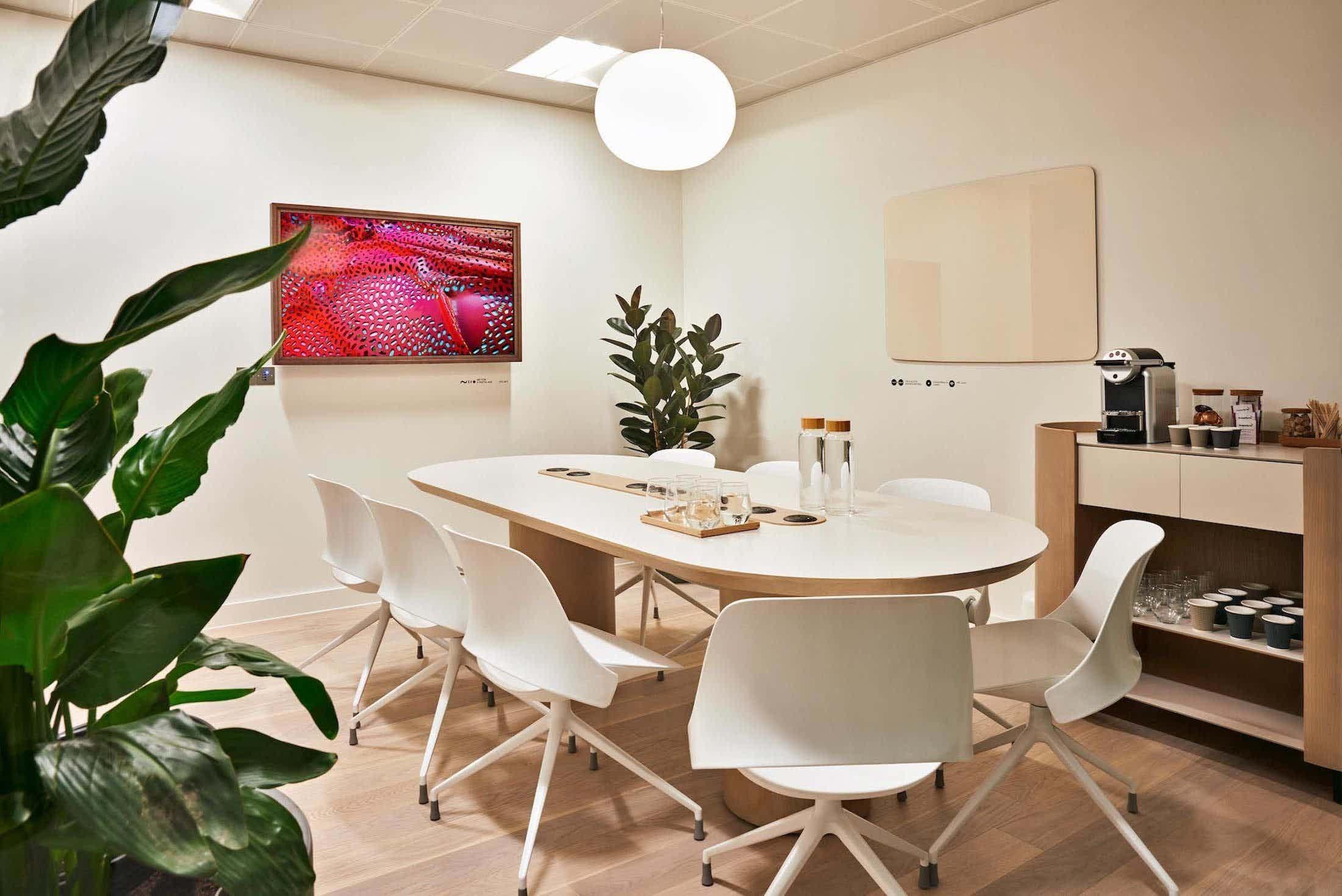 Meeting Room #11, Meet in Place