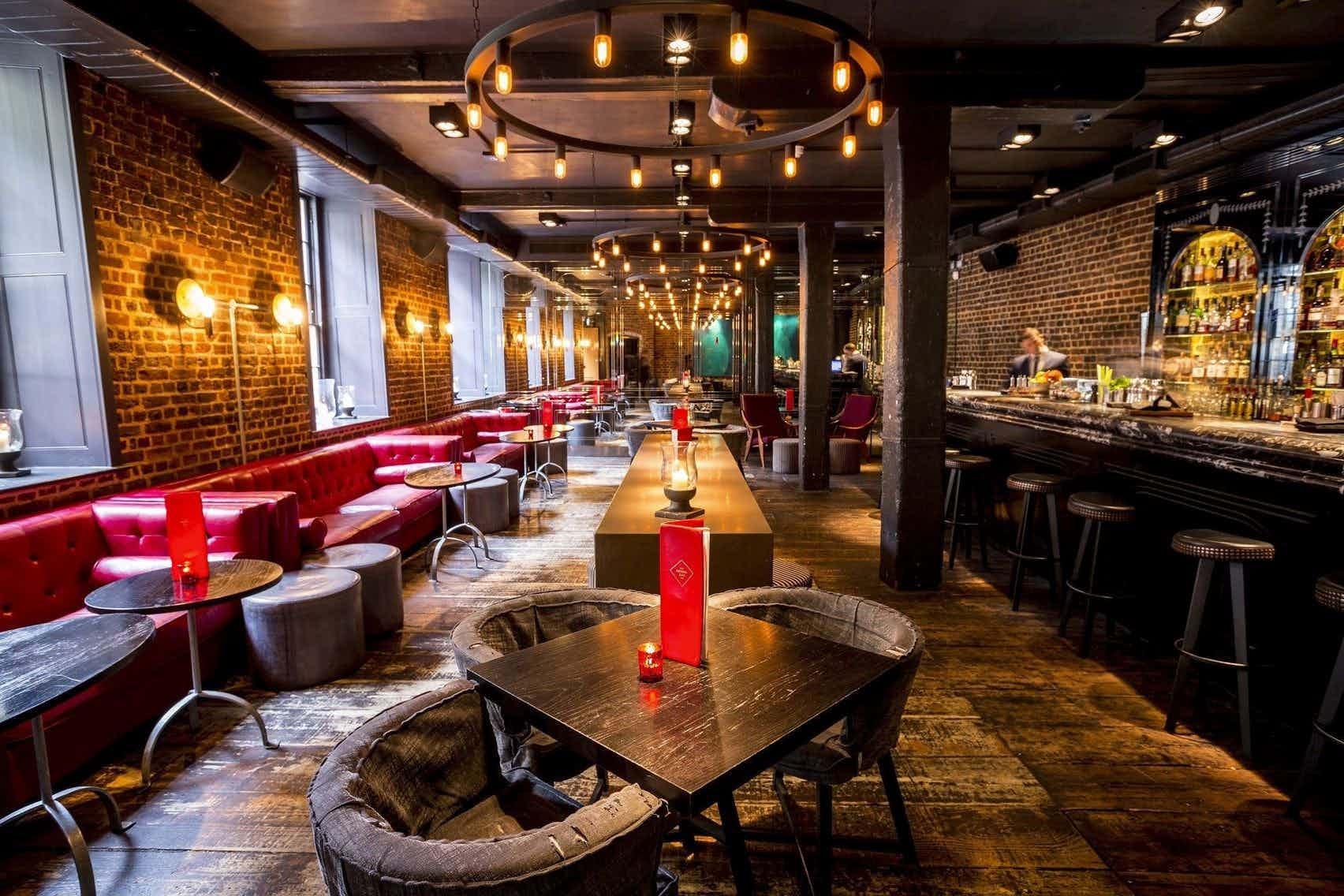 Whole Venue, Old Bengal Bar