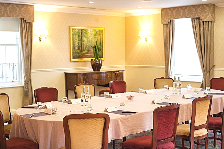 Birchwood Room **The Birchwood Room at Luton Hoo is a private venue to hire, ideal for a range of different events.**
