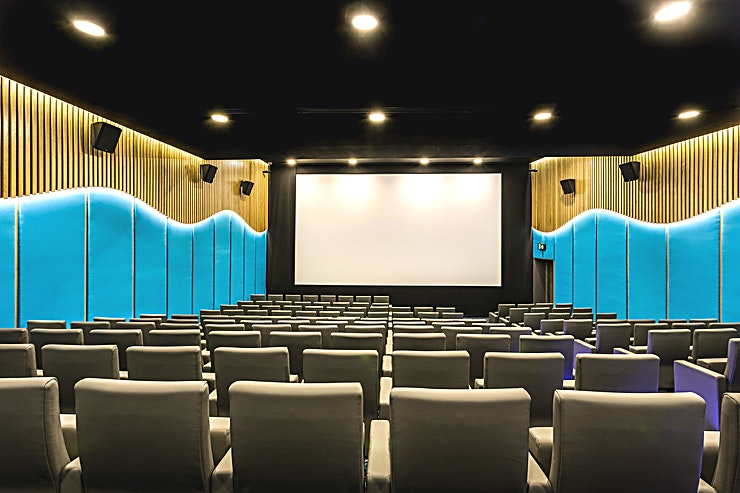 Screening Room **Want a state of the art screening room in the heart of Shoreditch? Welcome to the Screening Room at The Courthouse Hotel Shoreditch.**  This is a state of the art screening room to hire in Shoredi