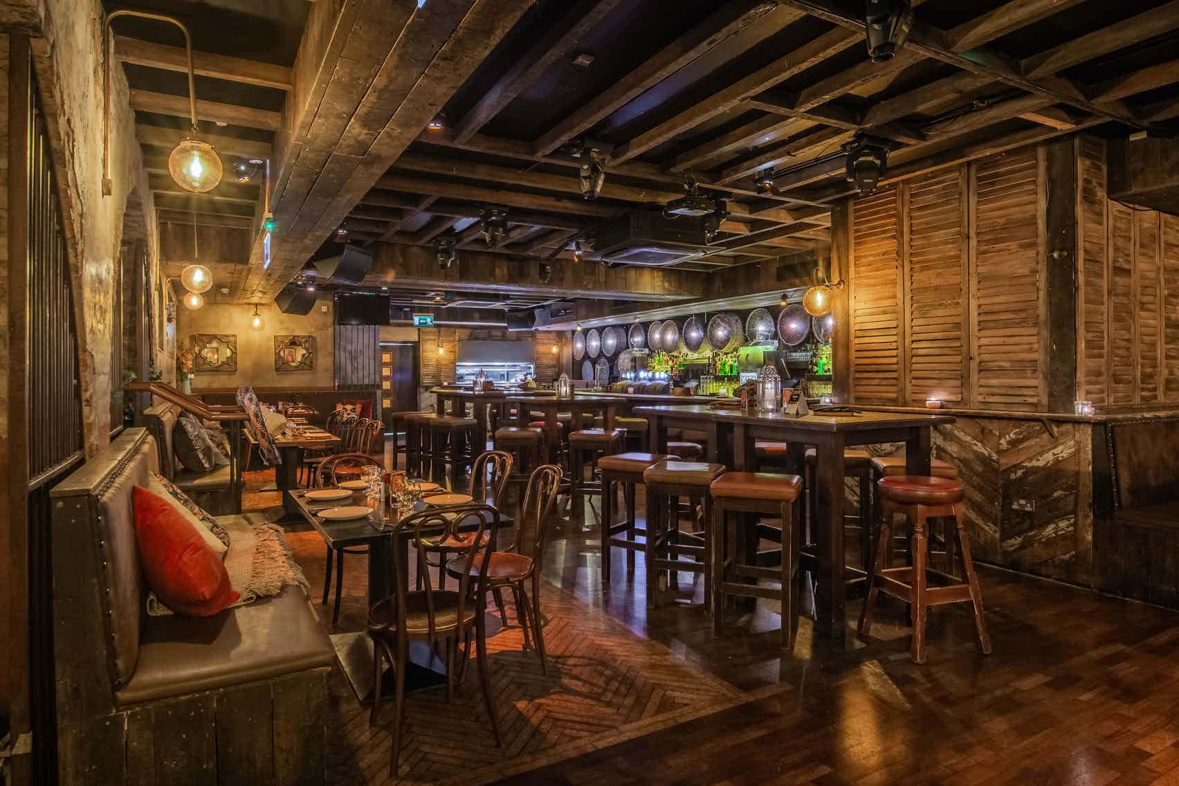 Back Bar, Xico