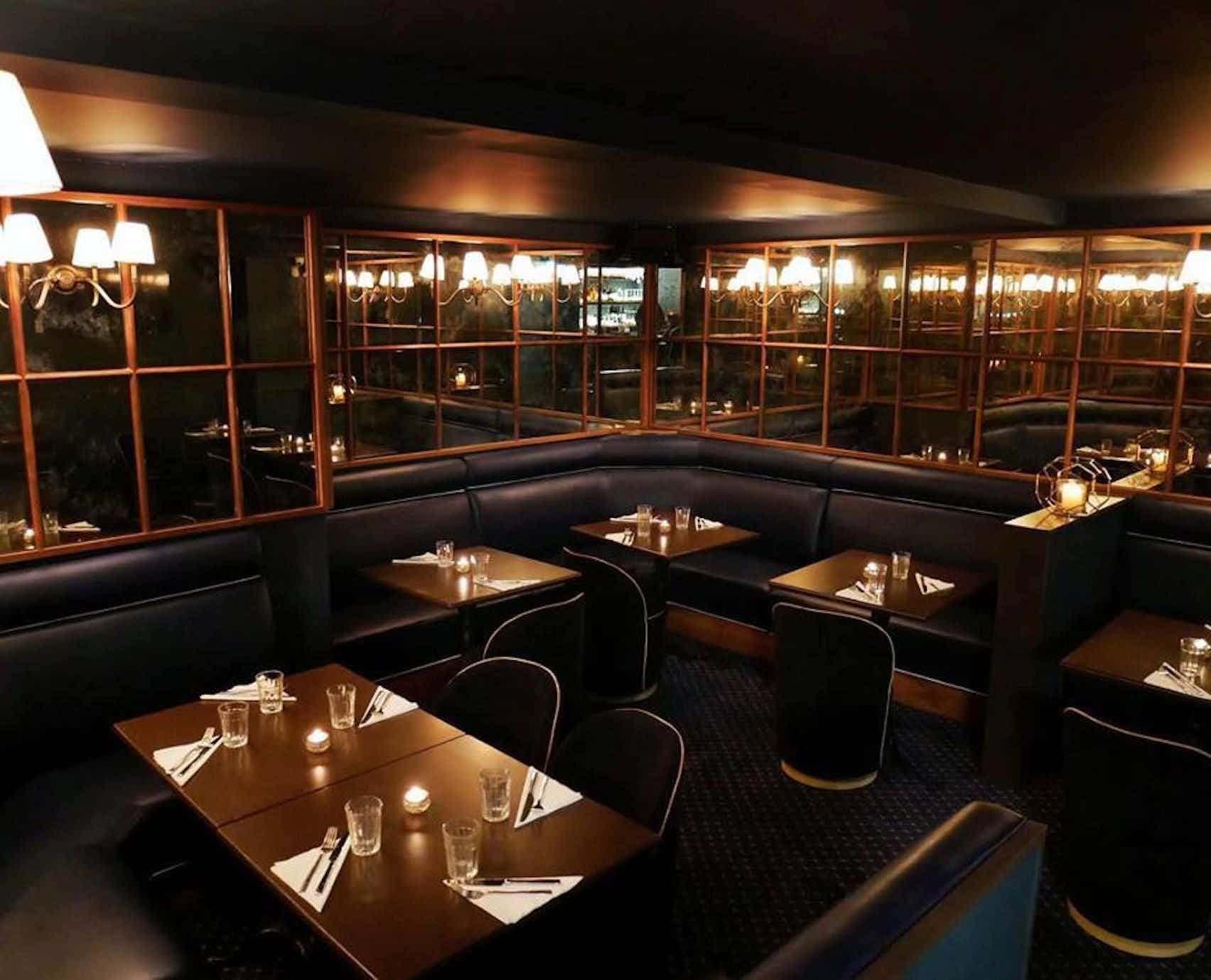 Private Bar, The Oak