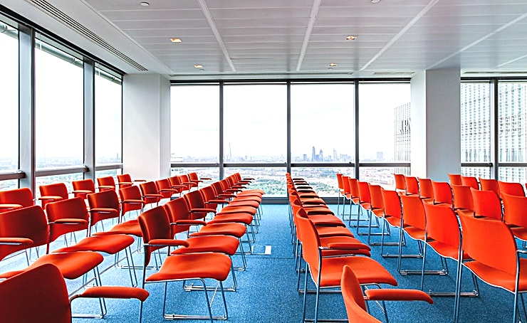 The View Conference Room **The View at CCT Venues Plus-Bank Street is a large events venue available to hire in Canary Wharf.**  Just a minute's walk from Canary Wharf tube station, this stunning venue at 40 Bank Street offers events space that makes an impact for all the right reasons.   On the upper floors of this pristine 32-storey office complex, we have 26 flexible meeting rooms with floor-to-ceiling windows that boast breath-taking views across London.