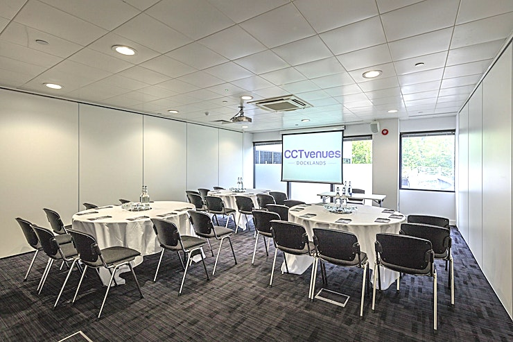 Sugar 2 **Sugar 2 is a stylish and flexible Space perfect for hosting your next meeting, training or workshop.**  The Space offers Wifi, high quality Data Projector and air conditioning.