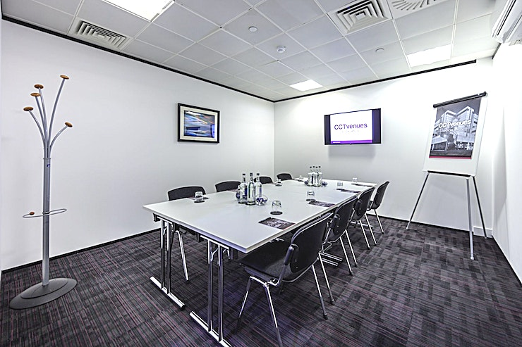 Rum **Rum at CCT Venues Plus-Bank Street is an events venue available to hire in Canary Wharf.**  Our latest London event space brings a breath of fresh air for the London venue industry.  With waterf