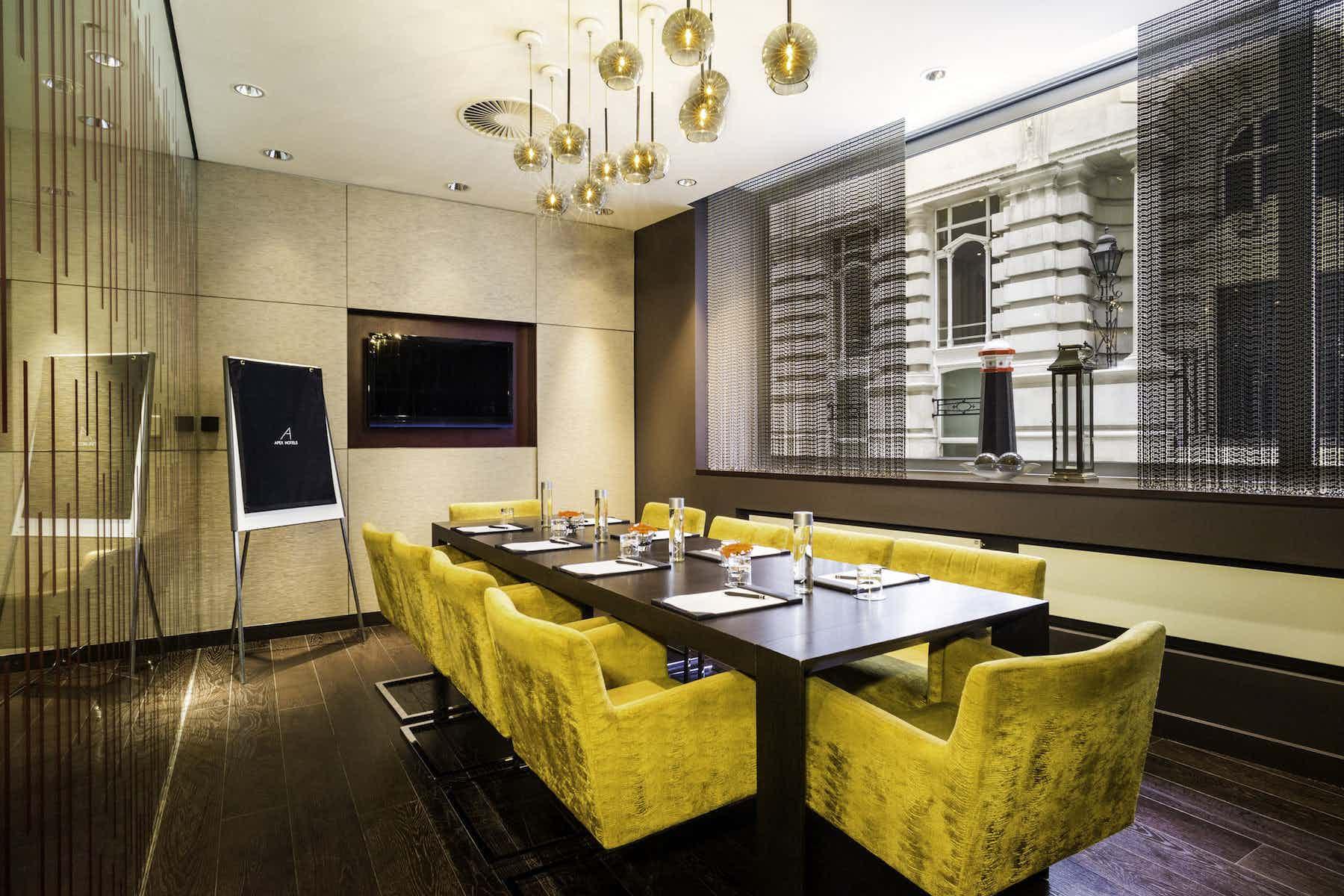 The London Room, Apex London Wall Hotel