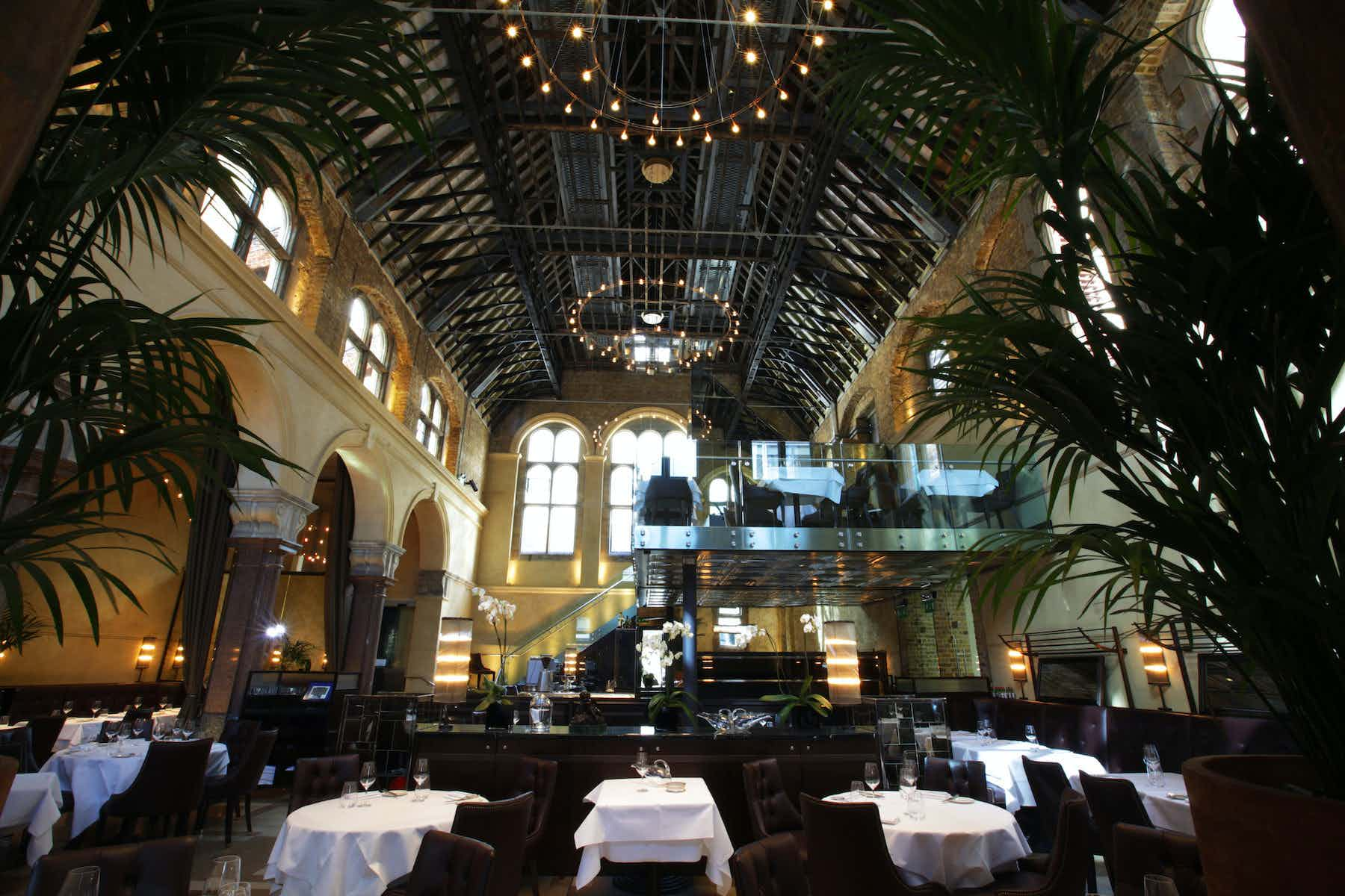 Exclusive Hire, Galvin La Chapelle