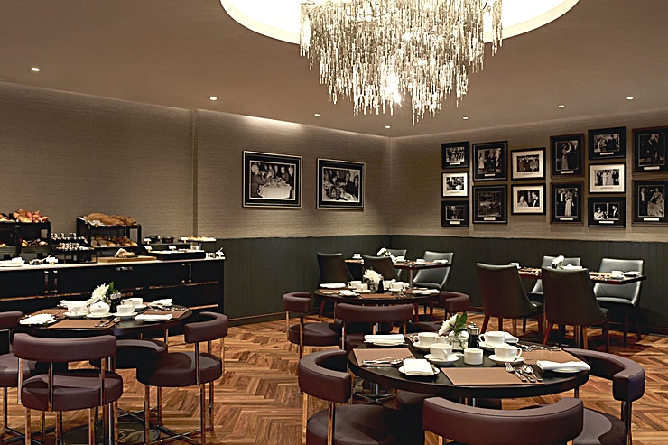 POTUS Restaurant **POTUS Restaurant at Crowne Plaza London is a stunning event Space to hire in Lambeth next to the River Thames.**  The newly opened Crowne Plaza London - Albert Embankment is much more than just a luxury business hotel. The professional conference facilities combine with a central London location on the River Thames, a spectacular rooftop bar and a fine dining restaurant.   It's a stylish destination for the discerning London visitor – whether you're in town for work or pleasure.  Beside the River Thames on Albert Embankment, we're a 10-minute walk from Vauxhall Tube and rail stations. The hotel is directly linked to Waterloo and Victoria transport hubs, connecting trains from all over the UK.   If you're meeting clients who are coming in from overseas the venue is also superbly located for international airports including Heathrow, Gatwick and London City.