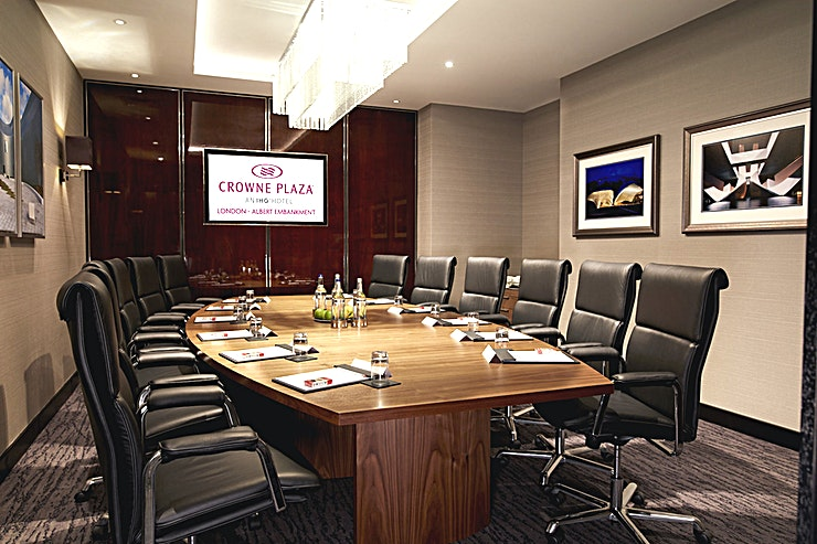 Executive Boardroom **The Executive Boardroom at Crowne Plaza London is a large suite available to hire in Lambeth next to the River Thames.**  The newly opened Crowne Plaza London - Albert Embankment is much more than just a luxury business hotel. Our professional facilities combine with a central London location on the River Thames, a spectacular rooftop bar and a fine dining restaurant.   It's a stylish destination for the discerning London visitor – whether you're in town for work or pleasure.  Beside the River Thames on Albert Embankment, we're a 10-minute walk from Vauxhall Tube and rail stations. The hotel is directly linked to Waterloo and Victoria transport hubs, connecting trains from all over the UK.   If you're meeting clients who are coming in from overseas we're also superbly located for international airports including Heathrow, Gatwick and London City.   Looking for a luxury central London hotel with facilities? Look no further. Crowne Plaza London - Albert Embankment provides first-rate professional services for businesses, catering for seminars, presentations and meetings for up to 62 delegates.  Our boardroom and meeting rooms have absolutely everything you need to run a successful business event. And with options to extend rooms to fit different requirements, we can adapt our facilities to suit your business needs.