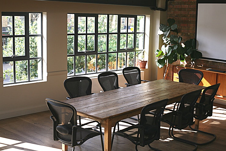 Dalston Lane Meeting Room **Allpress Espresso has a small sun-filled meeting room facing Dalston Lane available to hire.**  The room is located on the second floor of a coffee roastery, cafe and wholesale coffee business.