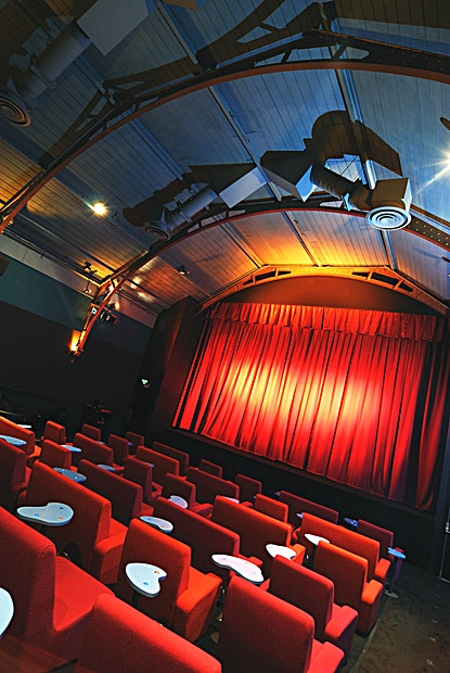 Screen Hire **Everyman Cinema in Hampstead is an ideal screening room venue to hire in north London.**  Everyman Hampstead boasts two grand screening cinema screens, each featuring Everyman's signature plush velvet upholstry, comfy couches and solid wood side tables.  In addition to the main screening rooms, our Upper Lounge is a popular intimate space - allowing private screenings for groups of up to 17 Guests.