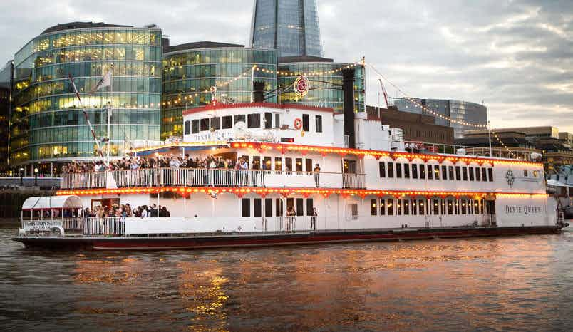 Whole Venue, Dixie Queen – Thames Luxury Charters