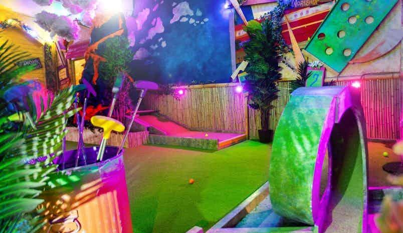 The Whole Course, Plonk Crazy Golf Shoreditch