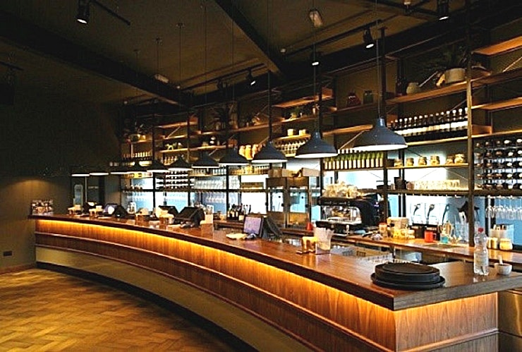 Screen Hire **Looking for a cinema hire which can be used for presentations and product launches? Visit Everyman Chelmsford.**