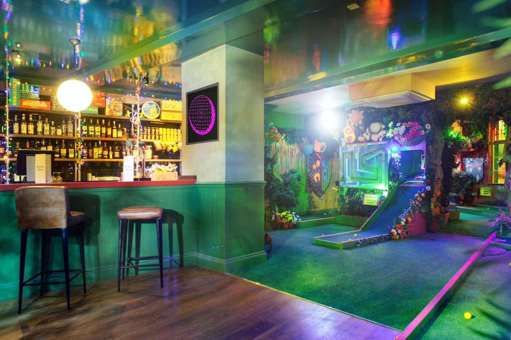 The Arcade Room, Plonk Crazy Golf islington