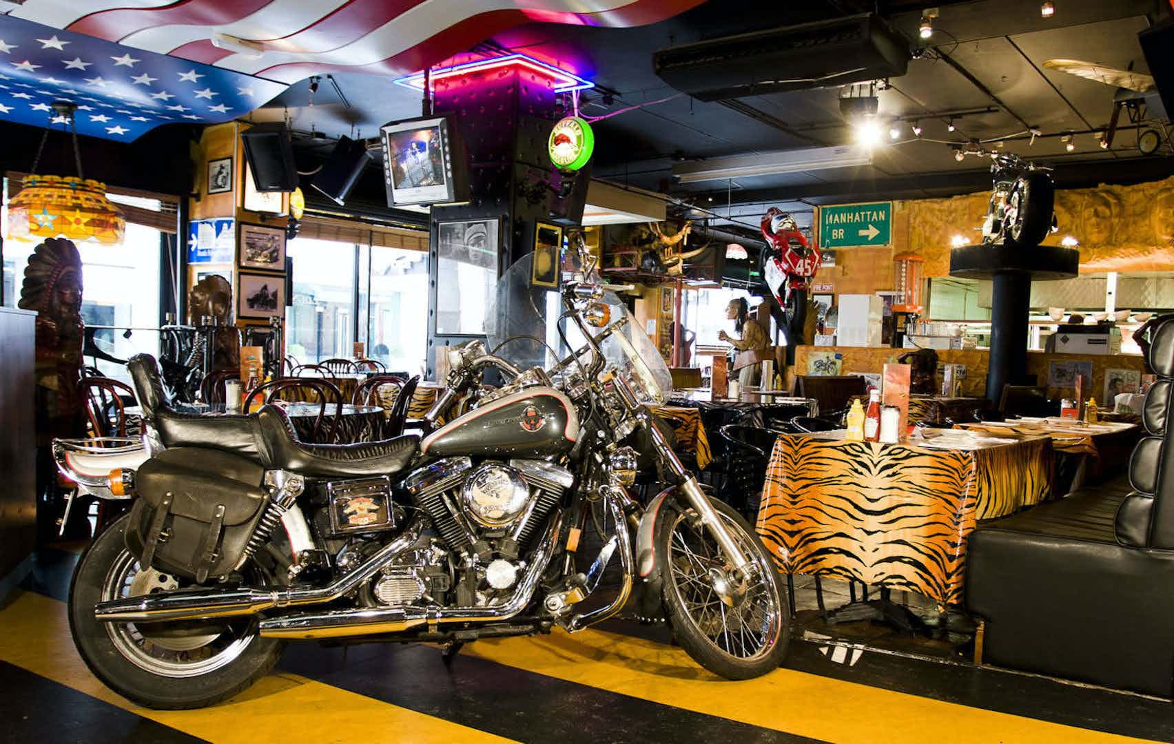 VIP Room, Thunder Road Cafe