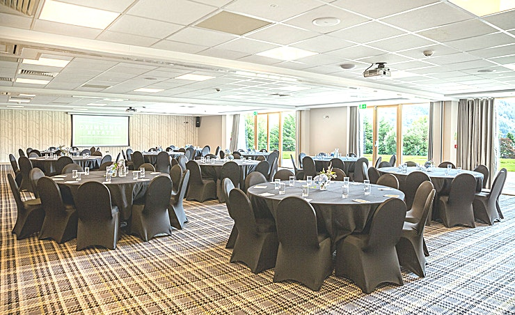 Argyll Suite **The Argyll Suite at Drimsynie Estate is a spacious suite for hire in Lochgoilhead.**  Looking for a unique venue to host your next meeting or conference? The team at Drimsynie Estate can help tail