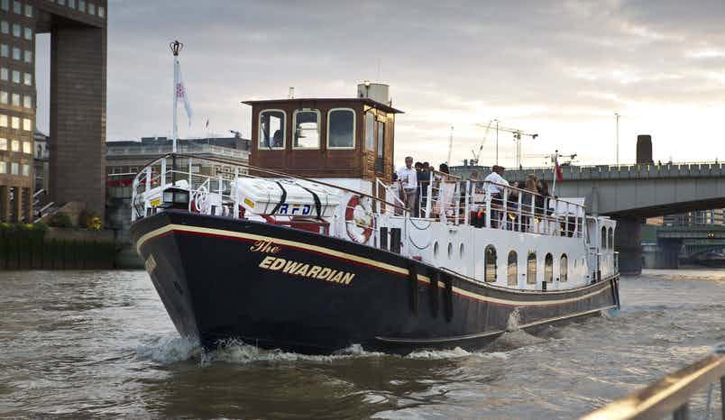 Whole Venue, Edwardian – Thames Luxury Charters