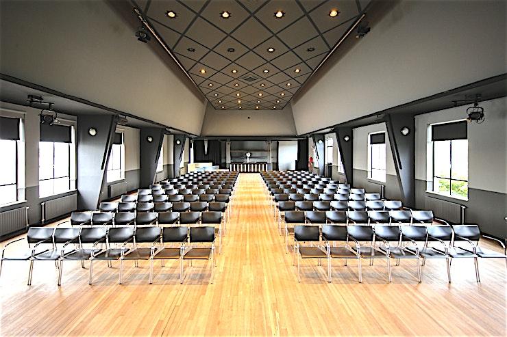 Building 41   Theatre **Boek Building 41   Theatre in Taets Art and Event Park voor een uniek evenementenlocatie op het prachtige nationaal erfgoed in Het Amsterdamse Noordzeekanaal.**  Met zijn vele unieke gebouwen op