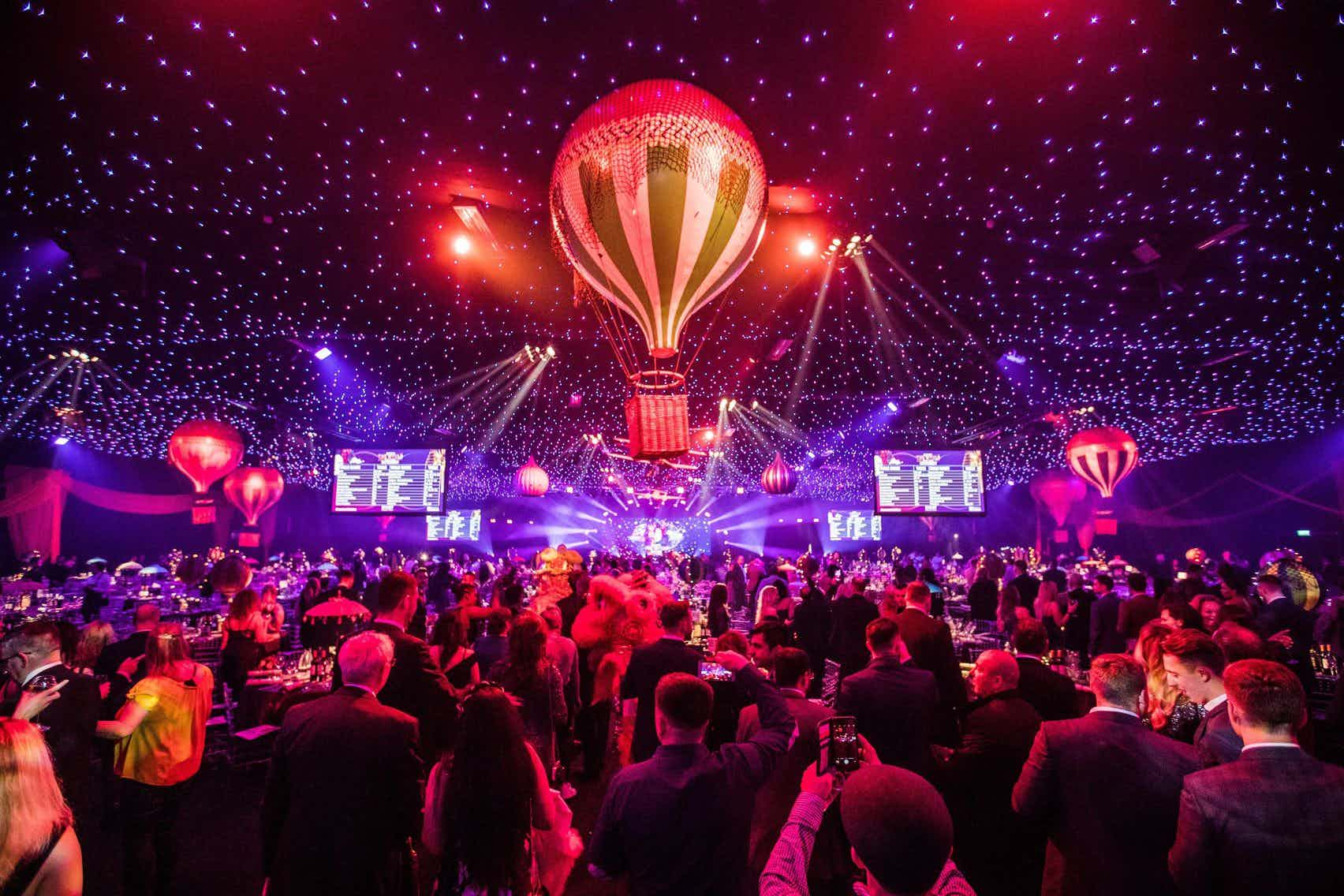 finest selection 2446c 4070f Willows Farm - A St Albans Christmas Party Venue for Hire