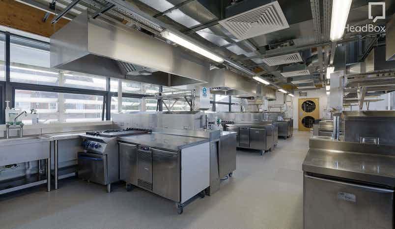 Evening, Kitchen 2, Open Kitchen