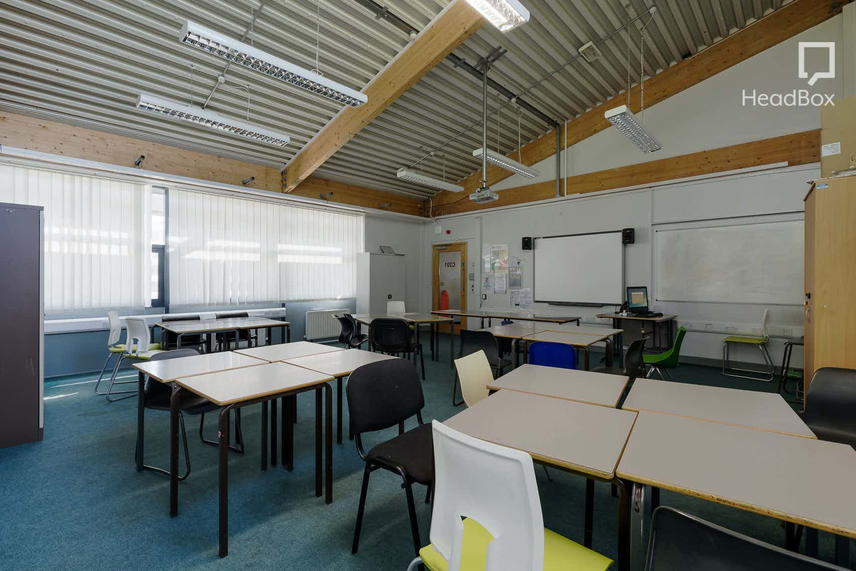 Afternoon, Meeting Room 2, Open Kitchen