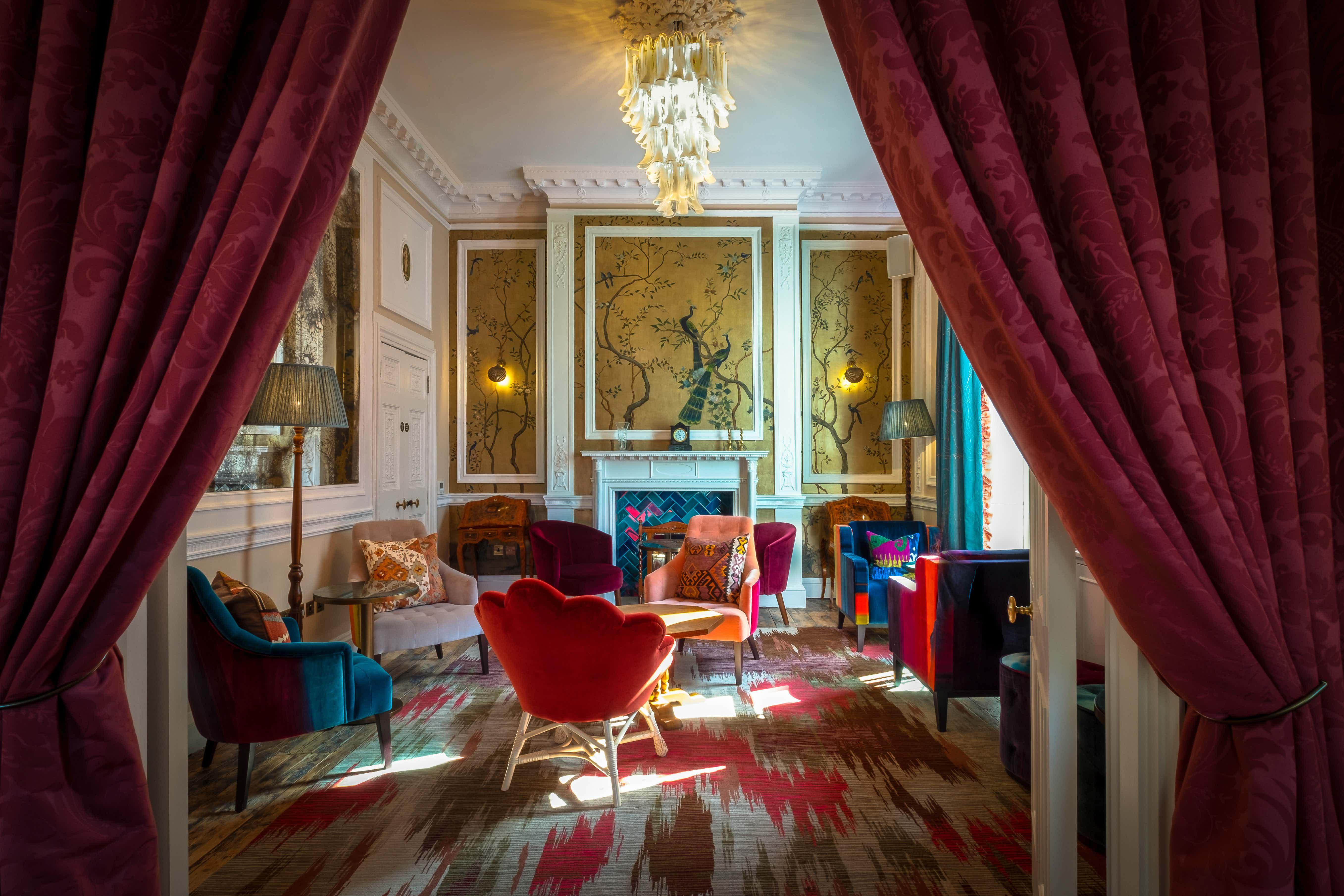 The Secret Salon, Home Grown Club