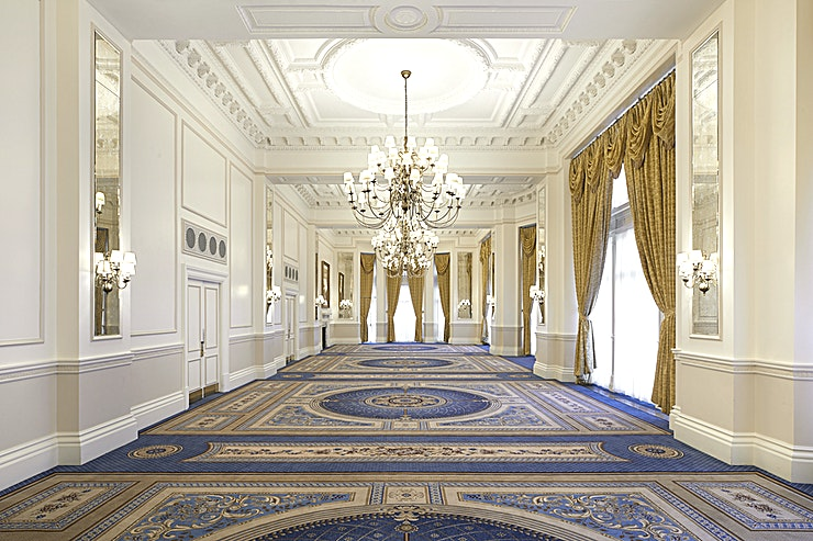 Empire Room **The Empire Room at The Landmark London is a charming event Space for hire in Marylebone.**  A charming room with north and west facing floor length windows and high ceilings, the Empire Room can accommodate up to 220 Guests in theatre style or 100 in classroom configuration.   This attractive room is perfect for banquets and balls.