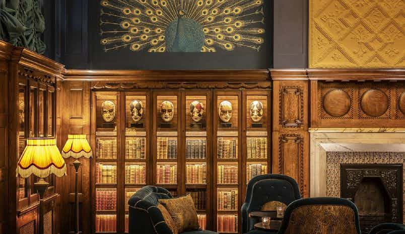 Library Room, L'oscar London