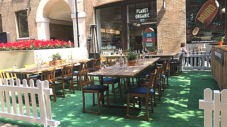Restaurant & Bar **Mac & Wild Devonshire square offers two floors of restaurant space as well as an intimate private dining room, whisky bar & Virtual Shooting Range.**   The restaurant is perfectly located just a t