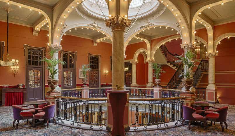 Rotonde, Hotel Des Indes