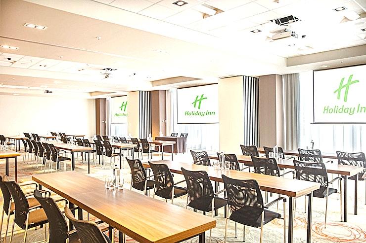 Combination Rembrandt 1, 2, 3 & Corridor **Combineer Rembrandt 1, 2, en 3 tesamen met Corridor tot een grote vergaderlocatie of evenementenlocatie in het zakencentrum van Amsterdam.**  Holiday Inn Amsterdam - Arena Towers ligt in het hart