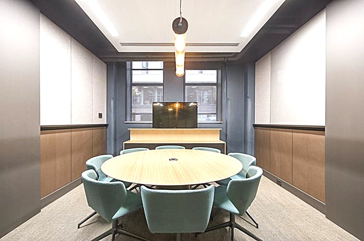 Doulton **Doulton at China Works is an 8 person Meeting room in Vauxhall.**
