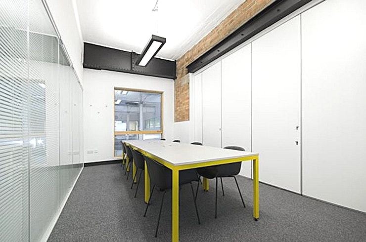 Booked - Chester House **Hire Booked at Chester House in Kennington Park - one of the best London meeting rooms to hire courtesy of Workspace.**  Airy and practical, Booked is situated on the second floor of Chester House