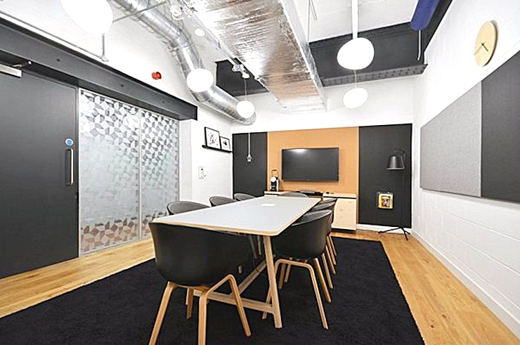 City - Canterbury Court **Hire the City meeting room at Workspace in Kennington Park for one of the best meeting rooms London has to offer.**   This modern, quirky meeting room is situated in the main building of Canterbur