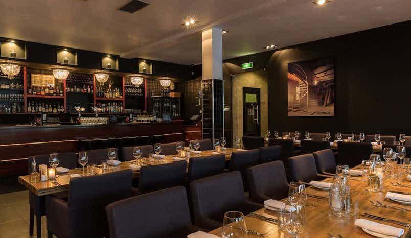 Whole Restaurant, Restaurant MOOII