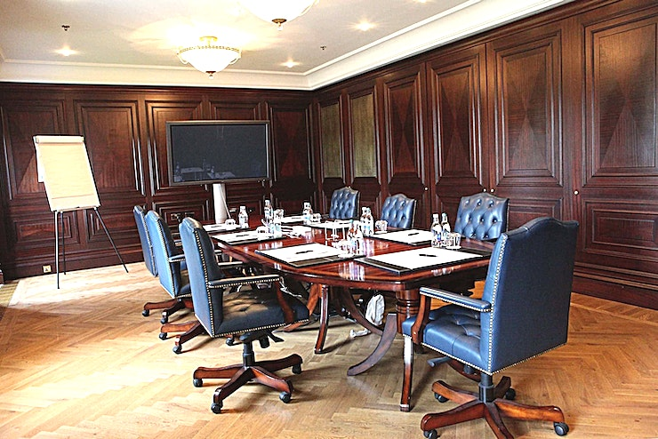 The Youghal Room **The Youghal Room at Castlemartyr Resort is a stylish meeting room for hire in County Cork.**  The conference facilities include excellently equipped meeting Spaces fitted with the latest technology and elegance.  The meeting rooms include 3 executive boardrooms accommodating up to 20 delegates, the Kiltha room is perfect for private dining for up to 80 persons and the wonderful Capel suite for your larger meetings which can accommodate up to 220 delegates  Overall services include: • Indoor and outdoor unique Team Building activities • Five private rooms all with natural daylight and blackout facilities • Built-in AV and high-spec facilities • Complimentary Wi-Fi throughout the hotel • Bespoke refreshment breaks • Private dining and breakout Space