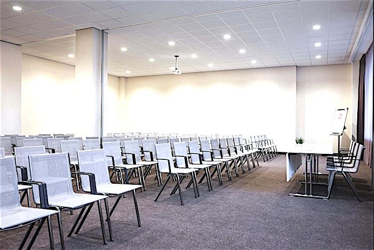 Bavinck 2 & 3 **Op zoek naar een stijlvolle en ruime vergaderlocatie ten zuiden van Amsterdam? Zoek niet verder dan Balvinck 2 en 3 in het Adagio Amsterdam City South.**  Het nieuwe Adagio Amsterdam City South ve